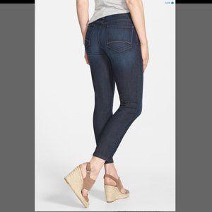 NYDJ – Sheri Slim Leg Paperbag Waist Jeans